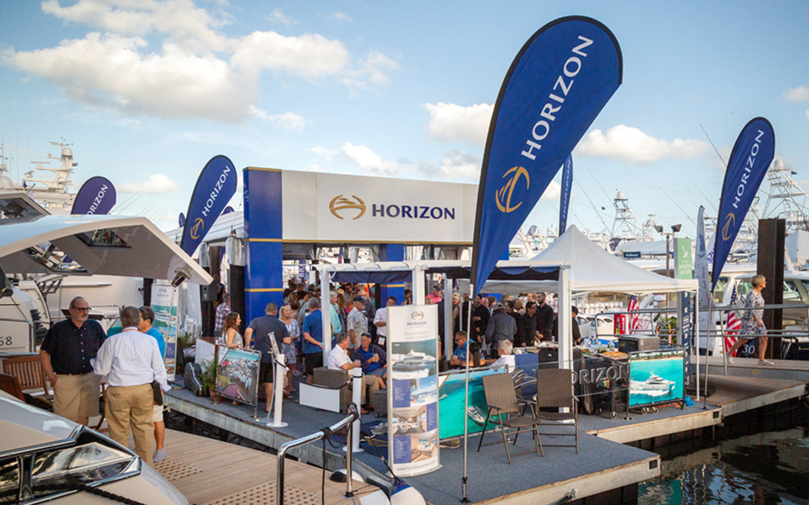 Horizon Shines at Palm Beach Boat Show